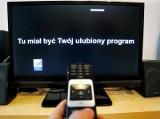 Media bez wyboru: Ogólnopolski protest mediów przeciwko nowej opłacie. Telewizje wstrzymały nadawanie, komunikaty w stacjach radiowych