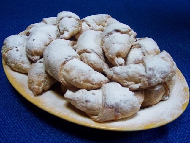 Świeże ciastka o dłuższym terminie ważności znów potanieją, bo sejm obniżył VAT. Fot. Archiwum