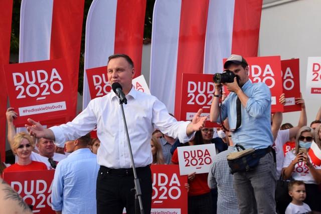 Tydzień przed wyborami prezydent Duda odwiedził woj. podlaskie. Wszędzie witały go tłumy zwolenników. Tu na spotkaniu z wyborcami w Białymstoku
