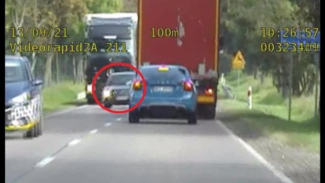 Tłumaczenie zatrzymanego kierowcy nie zaskoczyło mundurowych. 64-latek stwierdził, że się spieszył.