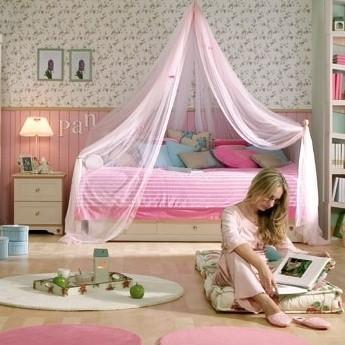 Pokoik jak z domku dla lalek – marzenie niejednej dziewczynki