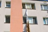 Próbował uciec przez okno po prześcieradłach. Policja ze Starogardu Gdańskiego zatrzymała 32-letniego złodzieja