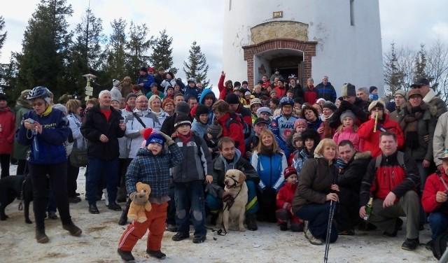Na szczycie Kopy Biskupiej spotkało się  kilkuset turystów z Polski i Czech.