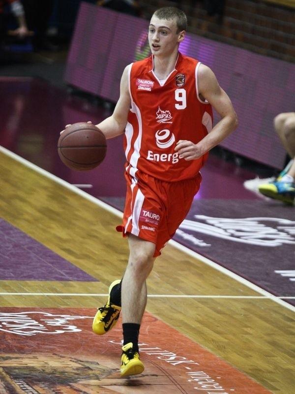 Wojciech Jakubiak jest też rezerwowym w Enerdze Czarnych Słupsk.