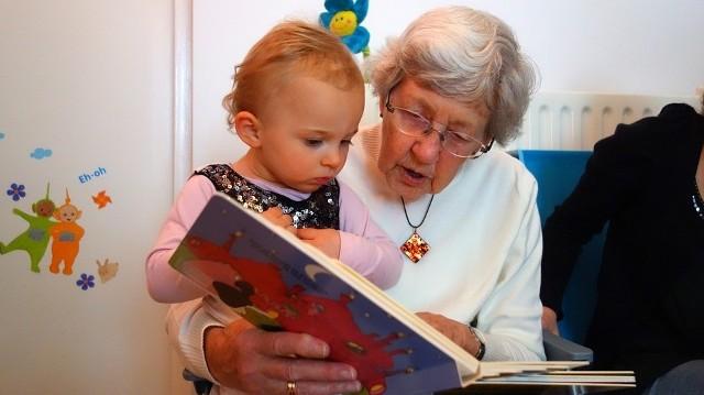 Kiedy wypada Dzień Babci 2021? Oto geneza, termin i data Dnia Babci. W tym roku święto obchodzimy w czwartek, 21 stycznia. Kto je spopularyzował?