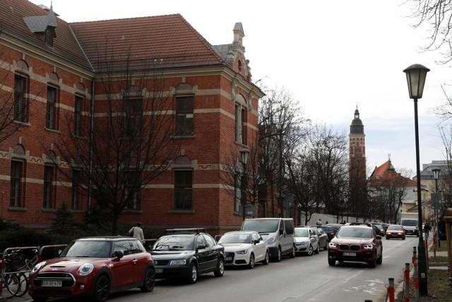 Podczas konsultacji społecznych mieszkańcy mogą zgłaszać propozycje zagospodarowania terenów i budynków w dzielnicy Wesoła