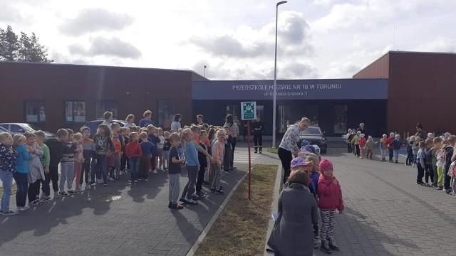 Ewakuacja w przedszkolu na Jarze przebiegła sprawnie