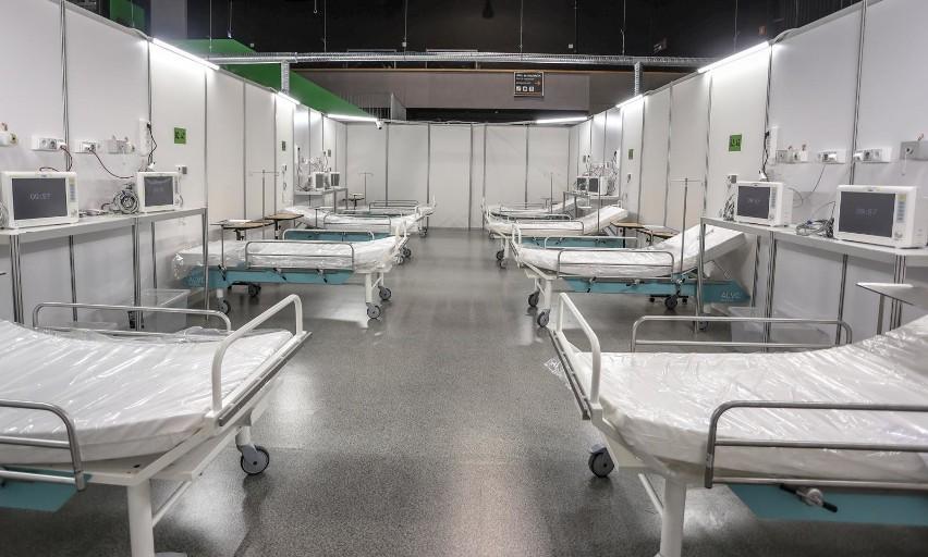 W ciągu ostatniej doby liczba hospitalizowanych z powodu...