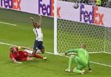 EURO 2020. Awans Anglii w cieniu skandalicznego sędziowania. Danny Makkelie mylił się jednak też na korzyść Danii