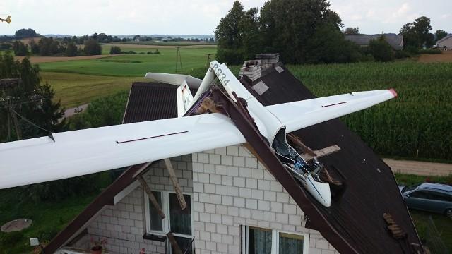 Wypadek szybowca w m. Sidorówka w gminie Jeleniewo