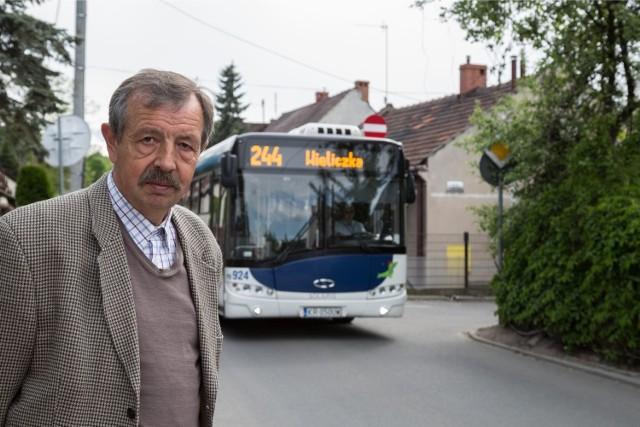Mieszkańcy ul. Sielskiej po kilku latach wywalczyli, że ich ulicą nie jeżdżą autobusy.