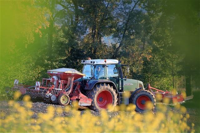 Liczba wypadków w rolnictwie zgłoszonych do KRUS z roku na rok (w porównaniu 3 pierwszych kwartałów 2019 i 2020) spadła o 17,7%