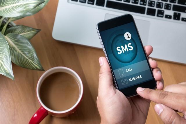 Uwaga na fałszywe SMS-y z prośbą o dopłatę za prąd! Możesz stracić pieniądze!