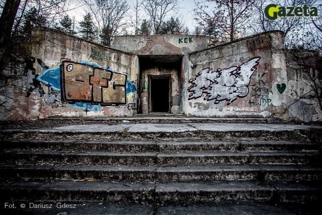 Radziecki bunkier z mrocznych czasów zimnej wojny niszczeje na Dolnym Śląsku