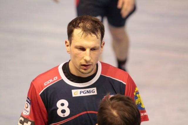 Rozgrywający Gwardii Opole Antoni Łangowski rzucił Norwegom jedną bramkę.