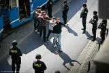 Wrocław: Służby specjalne odbijały tramwaj z rąk terrorystów (ZDJĘCIA)