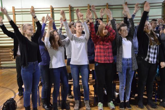 """Uczniowie wzięli udział w koncercie """"Wyrwani z Niewoli"""""""
