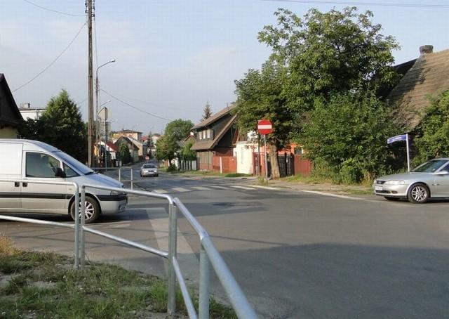 Jedno z najniebezpieczniejszych skrzyżowań w Radomiu, czyli przecięcie ulic: Odrodzenia z Górną i Kaszubską będzie przebudowane.