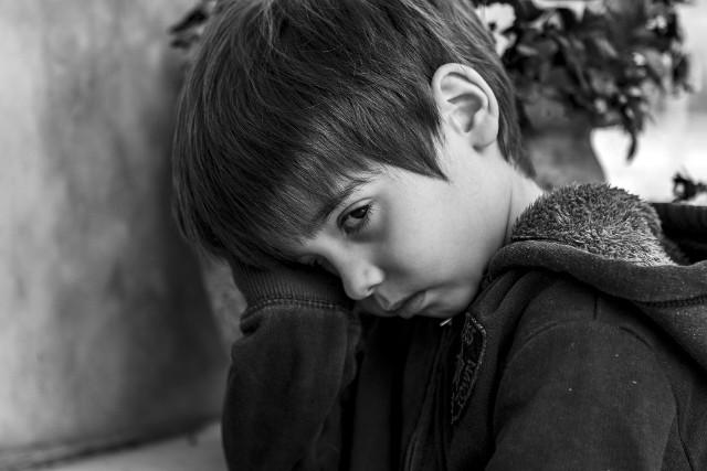 W czasie pandemii, kiedy jest nauka zdalna, dochodzi do wielu konfliktów w domach. Dzieci uciekają częściej
