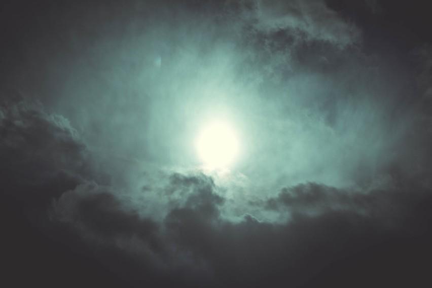 Dzienny horoskop na poniedziałek 26 lipca 2021. Baran, Byk, Bliźnięta, Rak, Lew, Panna, Waga, Skorpion, Strzelec, Koziorożec, Wodnik, Ryby
