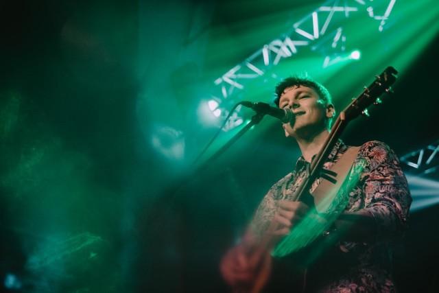 Wojtek Kiełbasa przedstawi w czwartek w klubie Blue Note największe przeboje grupy Coldplay.