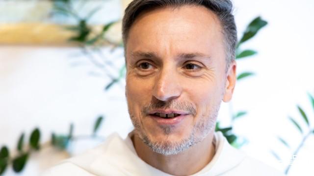 Ojciec Maciej Biskup OP, dominikanin z klasztoru w Łodzi