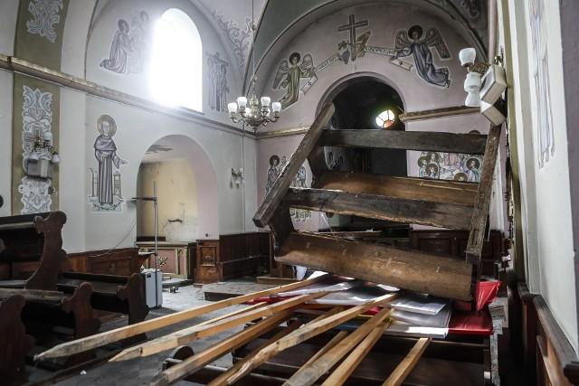 Wandale zdemolowali kościół na osiedlu Budziwój w Rzeszowie.