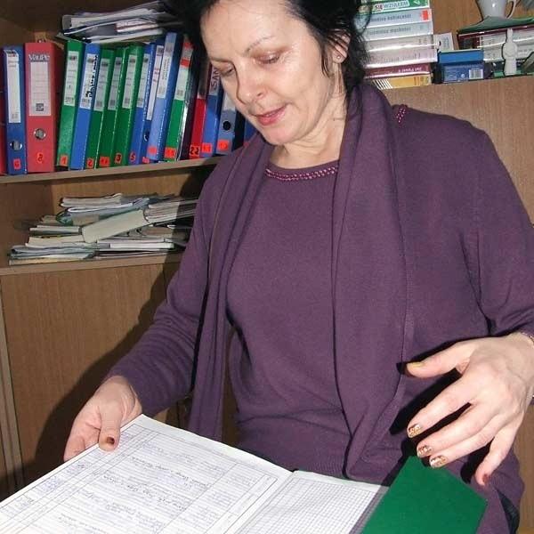 Danuta Serafin, dyrekor szkoły w Cyganach: - Agata nie miała najlepszych stopni, ale jest grzecznym dzieckiem. Wszyscy tu na nią czekamy.