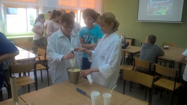 Za gimnazjalistami z Białegostoku warsztaty kulinarne. Było kolorowo i zdrowo.