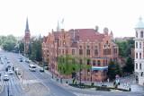 Toruński magistrat znosi część obostrzeń. Co w urzędzie załatwimy osobiście?