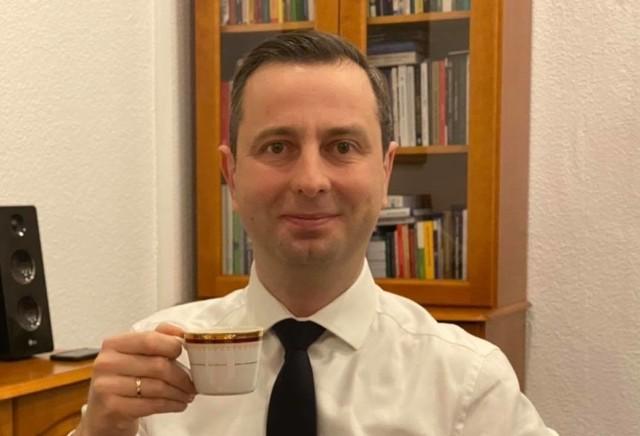 Wśród osób, które dołączyły do akcji jest Władysław Kosiniak-Kamysz, prezes Polskiego Stronnictwa Ludowego