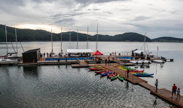 Eko Marina w Polańczyku służy pełnemu poznawaniu Jeziora Solińskiego.