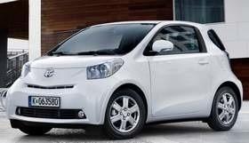Nowa toyota iQ ma zawojować rynek małych aut.