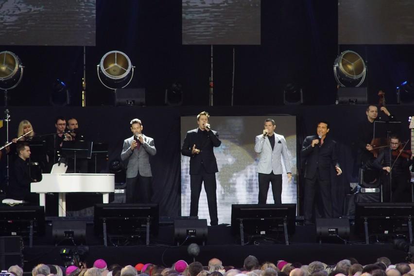 Koncert słynnej wokalnej grupy Il Divo uświetnił piątkowego...