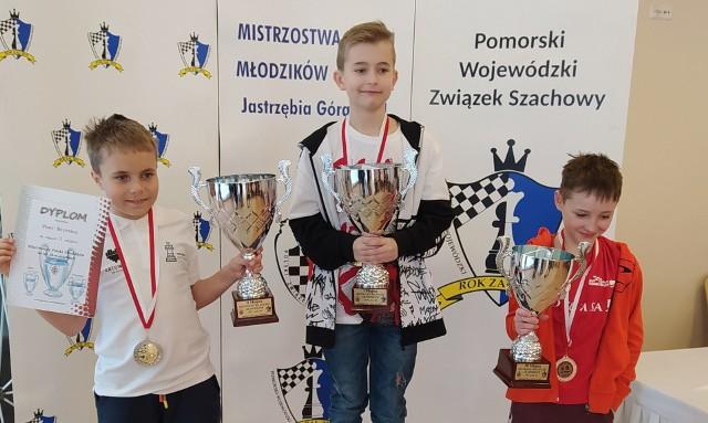 Mateusz Różański, mieszkaniec Sandomierza reprezentujący Klub Szachowy Polonia Wrocław, po raz 6 z rzędu w swojej karierze szachowej został mistrzem Polski młodzików.