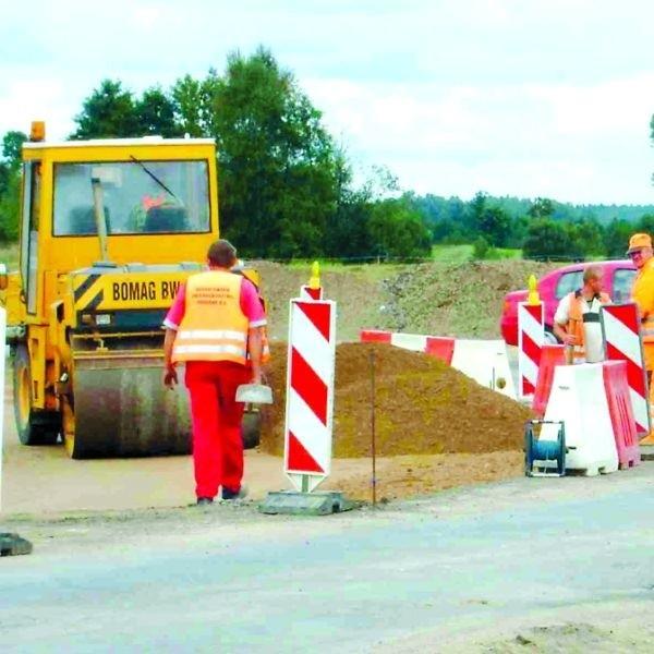 Prace na pierwszym odcinku drogi, od strony Gołdapi do kościoła, zakończą się przed końcem roku