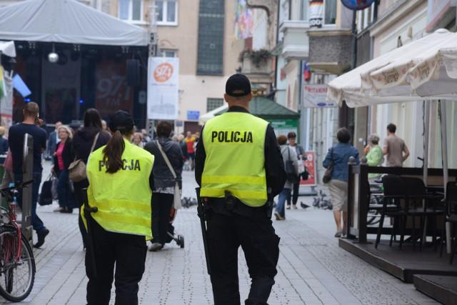 Pierwsze dni Winobrania w Zielonej Górze już za nami i co najważniejsze, zdaniem policji było bardzo spokojnie
