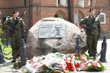 Obchody 40. rocznicy śmierci Kardynała Stefana Wyszyńskiego odbyły się w Żarach. Pod żarską katedrą stoi pomnik Prymasa Tysiąclecia