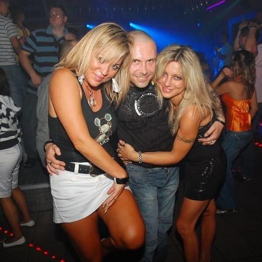 Sobotnia impreza w klubie GalaxyPlanet w Kamieniu Śląskim