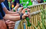 Koniec zakazu picia piwa pod chmurką?