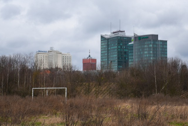 Stadion Szyca: Część działki dla miasta w zamian za zgodę na budowę mieszkań
