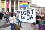 Warszawa przeciw przemocy. Solidarni z Białymstokiem [ZDJĘCIA] Manifestacja w Warszawie przeciw aktom przemocy w Białymstoku