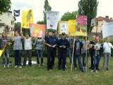 Apel gimnazjalistów i policjantów: Sprzątajcie po swoich pupilach!