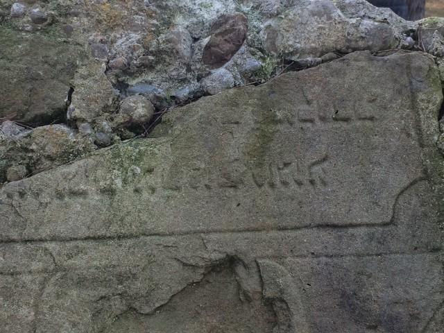 Żydowskie macewy znalezione w Barcicach