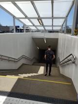 Skawina. Mieszkańcy nie mogą doczekać się na odbiory techniczne tuneli pod torami i kładki nad nimi