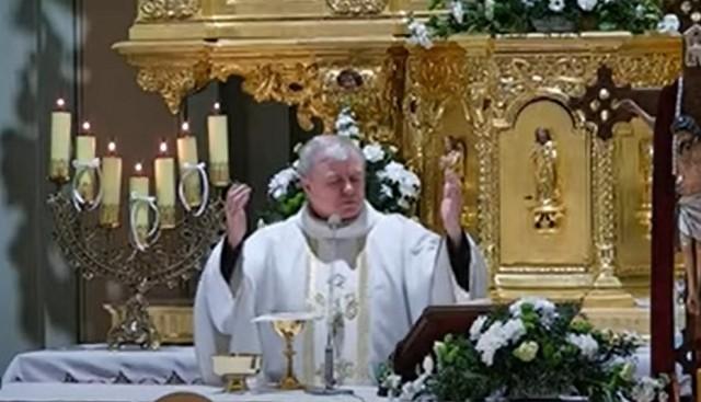 Kontrowersyjne słowa księdza padły podczas kazania.
