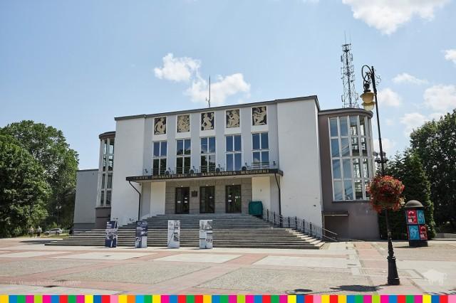 Teatr Dramatyczny im. A. Węgierki w Białymstoku jest instytucją samorządu województwa podlaskiego.