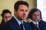 Był donos na burmistrza dzielnicy Włochy, ale został zignorowany. Prezydent Trzaskowski wyciągnie konsekwencje