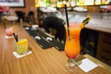 Kraków. Radni chcą anulować opłaty za alkohol. Prezydent Majchrowski jest przeciwny. Uważa, że w pandemii przedsiębiorcy powinni płacić