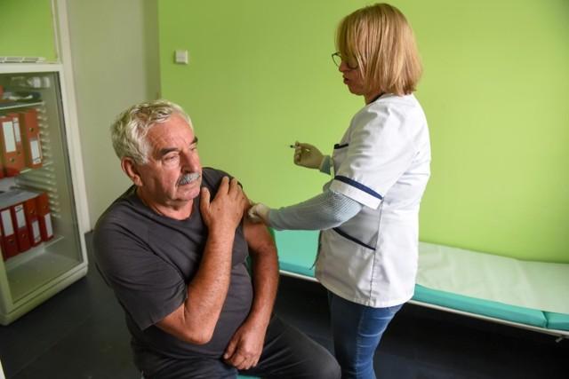 Szczepienie przeciwko grypie, zdjęcie ilustracyjne